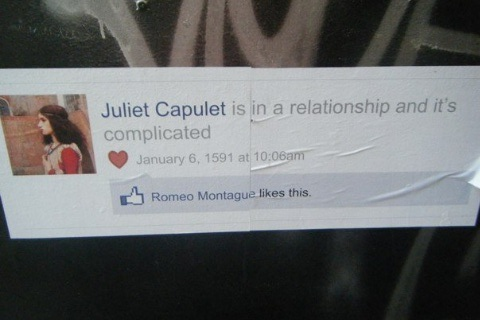juliet capulet is in a relationship and it complicated